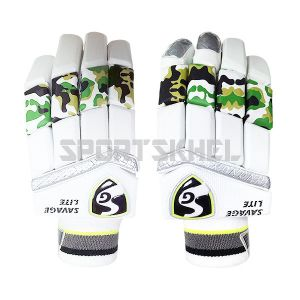 SG Savage Lite Batting Gloves Junior